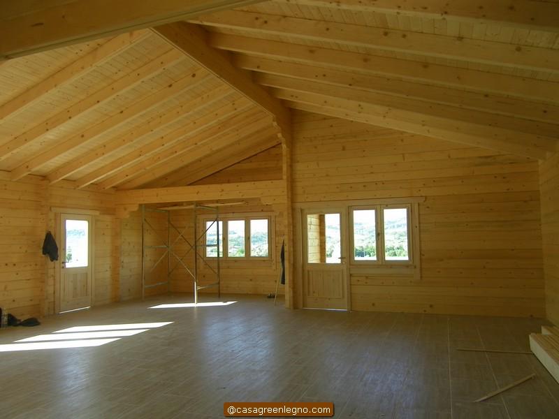 Casa green legnocasa in legno molto pi salutare di una for Casa in legno tradizionale